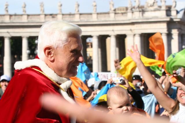 Benedikt XVI, Petersplatsen pingsten 2006
