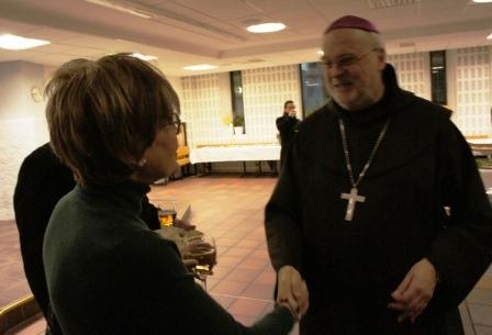 Biskop Anders i samspråk med Ulla Gudmundson, Sveriges Vatikan-ambassadör