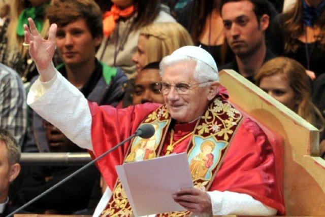 pope-benedicthp