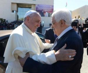 Påve Franciskus o President Abbas. Ramalla 25 maj 2014