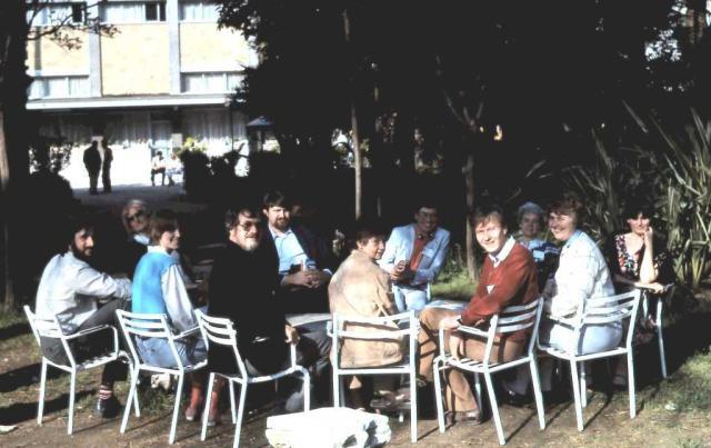 Den skandinaviska gruppen samlad vid Internationella karismatiska konferensen i Rom 1984 (undertecknad i röd tröja)