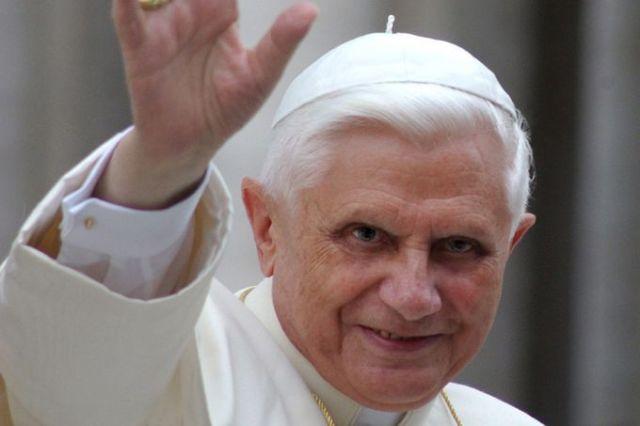 Pope_Benedict2015
